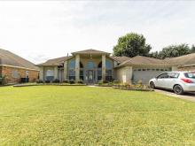 2407 Golden Oak Drive, Orange, TX 77632