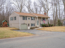4 Birchwood Dr, Leicester, MA 01524