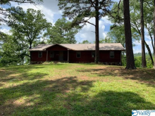 1420 Leota Lake Drive, Southside, AL 35907