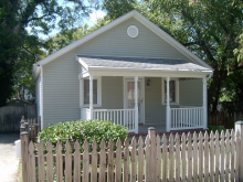 212 South Lawrence St., Charles Town, WV 25414