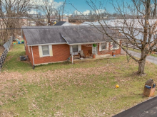 120 Bellview Avenue, Versailles, KY 40383