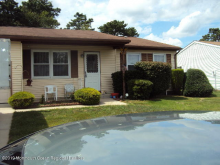 4 Norwalk Ave, Whiting, NJ 08759