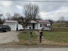 2 bd 1 bath home just on the edge of town! Call Jeremy (740) 988-8258!