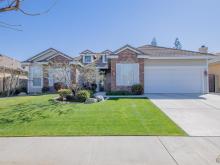 10111 Alyssum Court, Bakersfield, CA 93311