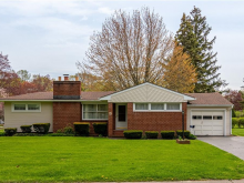 15 Lucrest Drive, Rochester, NY 14609