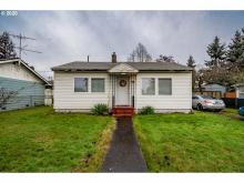 8310 NE Humboldt, Portland, Or, OR 97220